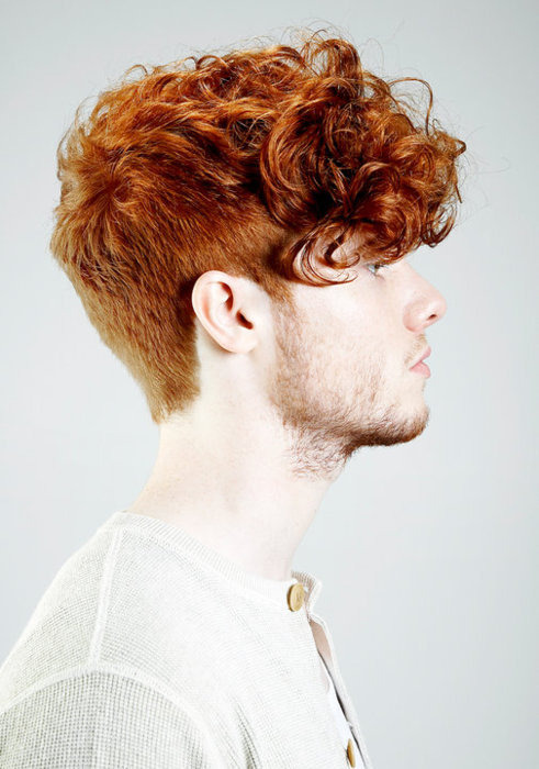 frozizle:  this is almost my hair!! except ginger :/