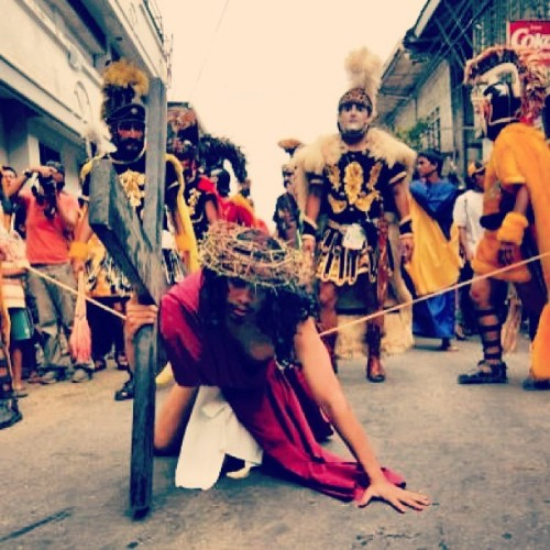 Me channeling JC #holyweek #viacrusis #jesuschrist #passionofchrist #moriones #morionesfestival #marinduque #philippines #stage #play #acting #photooftheday #popular #asian #festival #lent #philippinefestival #itsmorefuninthephilippines  (at boac marinduque, philippines)