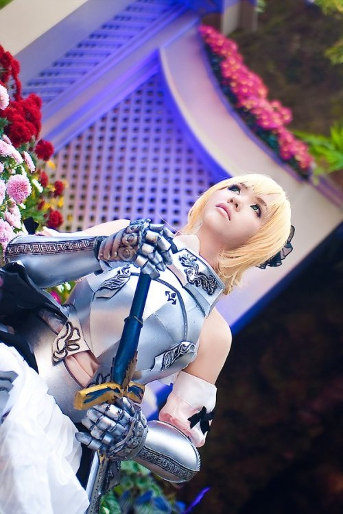 Saber Lily (GIFT Figure Ver.) by ~magicalmika Cosplayer magicalmikaArmor by  [link]Inner dress, accessories, wig styling, makeup, sword and armor detail by magicalmikaPhoto by lenekolightplay