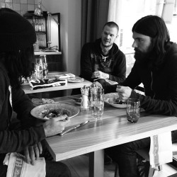 joekwon80:  #avett lunch.