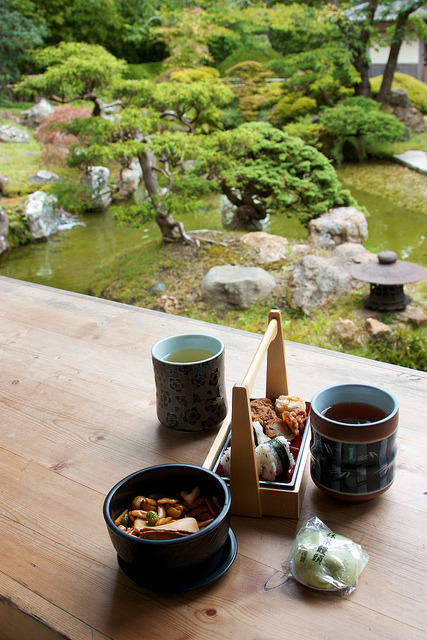 ileftmyheartintokyo:  Japanese Tea Garden by mcdux on Flickr.