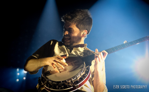 Winston Marshall of Mumford & Sons performs at the Barclays Center in New York on February 12, 2013. Photo © Ester Segretto. Posted with permission.