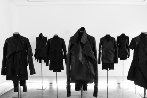 edge-to-edge:  Rad Hourani 'Transclassic' Exhibition @ Galerie Joyce - 2010
