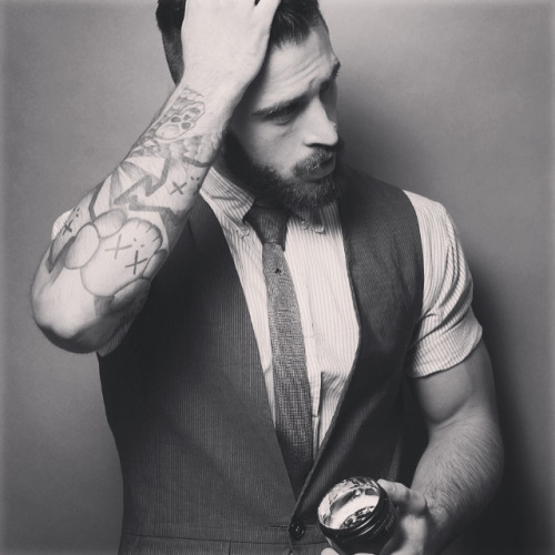 gracekoftekian:  nickelsonwooster:  danhayes07:  The boy become a man.  Inspiring.  i wonder what gel he's using? lol unf hes gorgeous