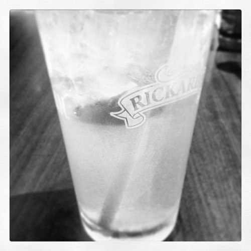 #bombaynlemonade  (at Red Robin Gourmet Burgers)