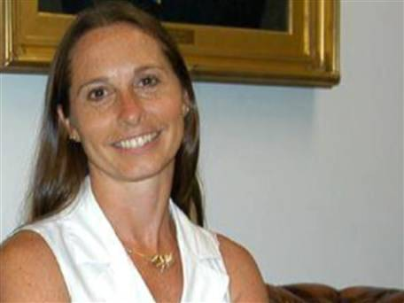 Friend: Sandy Hook principal was a 'hero' who 'put her children first' (Photo: TODAY) Friends of slain Sandy Hook Elementary School principal Dawn Hochsprung say they are not surprised that her first instinct was to run toward danger when gunfire erupted at the Connecticut school on Friday. Read the complete story.