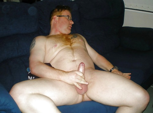 Furry tattooed ginger has a wank.