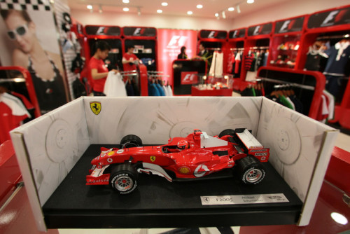 (via Ecclestone Runs Into F-1 Apathy in China as Ferrari Lures Elite - Bloomberg)