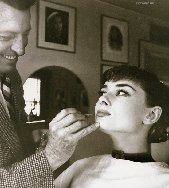 theniftyfifties:  Audrey Hepburn in the makeup chair.