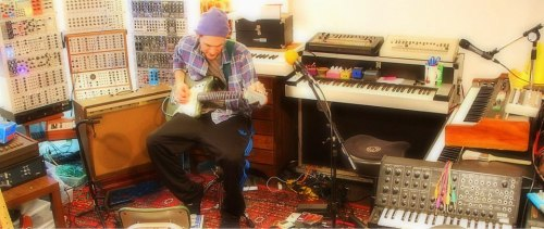 Josh Klinghoffer New Interview on Gearphoria  By http://lauklinghoffer.tumblr.com  Source: http://gearphoria.com/e-mag/v1n2/#/24/
