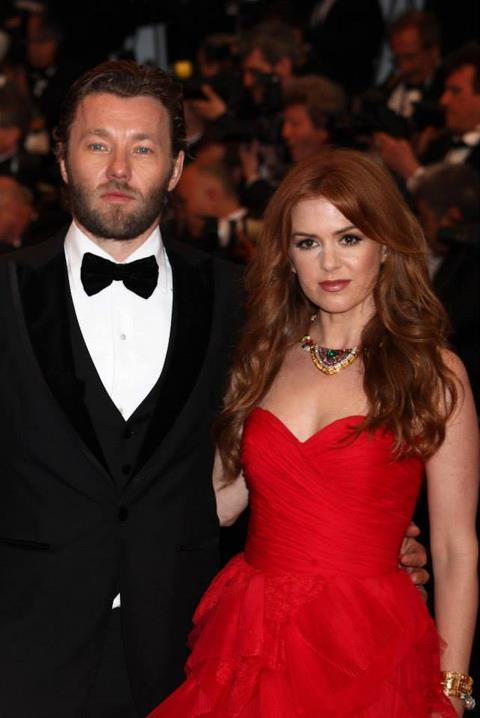 "15milestation:  Although Isla Fisher says she and Joel are long-time friends who had no trouble establishing an instant rapport between Myrtle and Tom in ""The Great Gatsby"" — ""We're Australians. We're in film. We've known each other for years. It helped us create a chemistry,""  — she laughingly admits that she couldn't recall having met him at all when she was reminded of their first meeting years ago: ""Joel, our friend Heath [Ledger] and I had gone to throw a Frisbee around. There were only three of us. I didn't remember Joel, because I feel like he didn't say anything the two hours we were there. The next time we met, we had a really good laugh and we got on great, and I shouldn't have told that story because I never told him this and he's going to read it! And I'm a terrible person. I do remember him throwing the Frisbee quite efficiently.""  They're good friends with Hugh Jackman and Jason Clarke and Ben Mendelsohn too!  Haha Britain might be small, but Australia is smaller!  ;)"