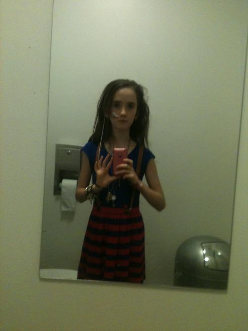 Bathroom Selfie: Toilet Selfie On Tumblr