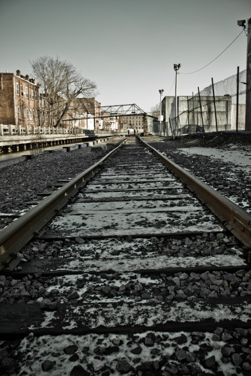 sinkingsouls:  Tracks | Photographer