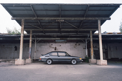 wellisnthatnice:  Saab 900 Turbo by bennorz on Flickr.