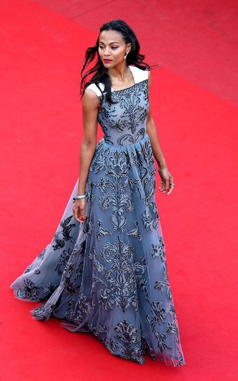 suicideblonde:  Zoe Saldana (in Valentino) at the Cannes Film Festival premiere of Blood Ties, May 20th