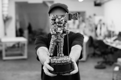 ONE SMALL STEP. KAWS has redesigned the MTV moonman. Soooo boss. Love me some KAWS.