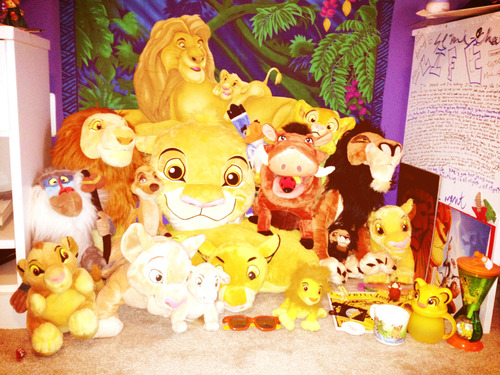 lionkingfreak:  One big happy family :-)