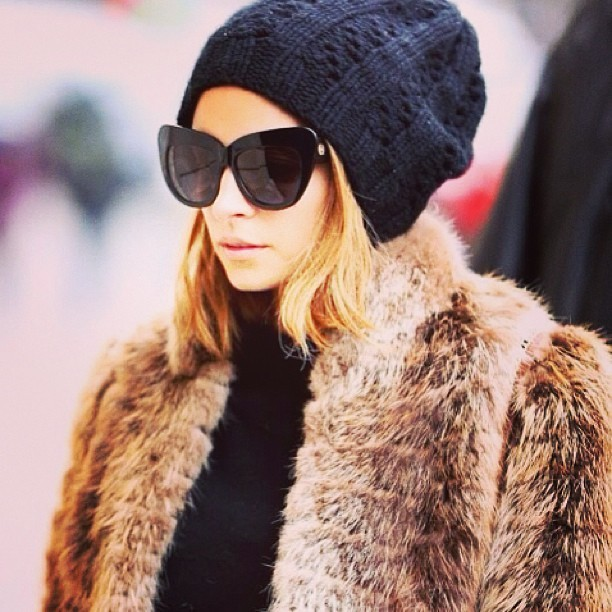 Who has their faux fur ready for the winter? #streetstyle #fauxfur #winter #fashion ☔❄⛄