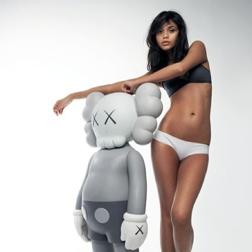 noirwinners:  Just KAWS #love #KAWS