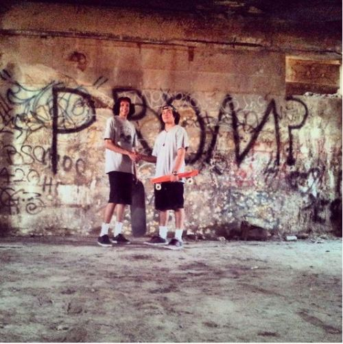 trill-kiid:  we found this in the slaughterhouse and we wanted a picture haha