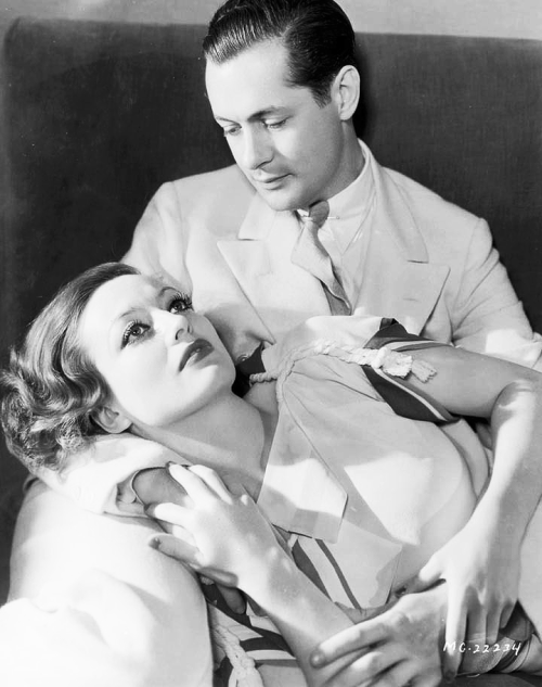 mariedeflor:  Robert Montgomery and Joan Crawford photographed for Letty Lynton, 1932