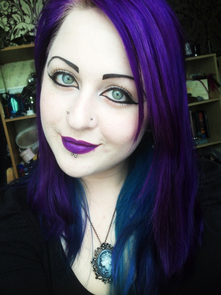 corvuscorone93:  My lipstick matches my hair ^^