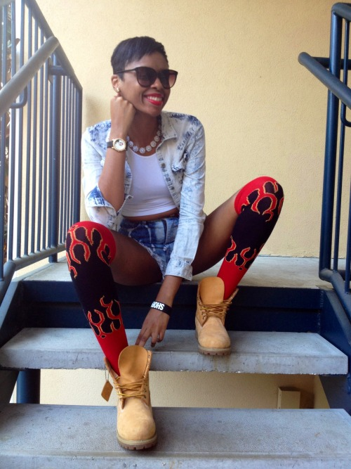 blackfashion:  Shirt: Pacsun, Shorts: Urban Outfitters, Socks: KarmaLoop, Shoes: Timberlands Se'Kayla, 20, Florida Submitted by: kayoticx.tumblr.com IG: dollfaceeeee
