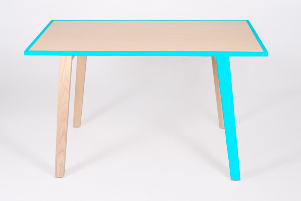 Gota Dinning Table by Moises Hernández, 2010.