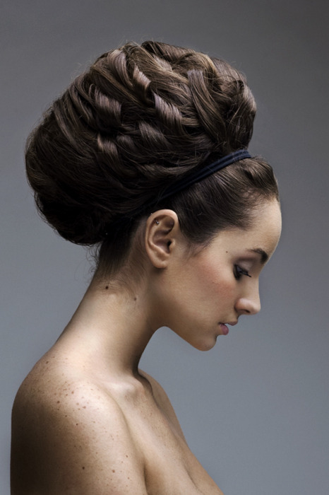 Hair by ~memelsteak on deviantART  a gorgeous model, a great portrait, and one creative hair style