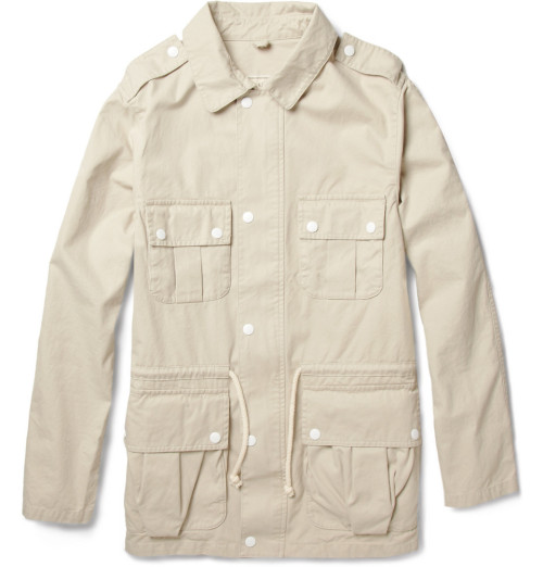 textbook:  Kitsune safari jacket up in the Mr Porter sale which just went up to 80% off. Kitsune is usually absurdly expensive too, worth a cop. Get it on with your faded dad jeans for this season's hottest look.   Wow, oh wow. Men, are you paying attention?