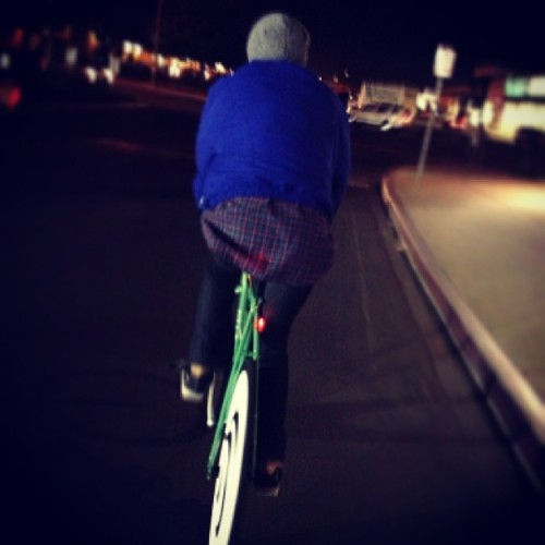 @toovisibletosee took this pic of me #ridingatnight I miss that #hypnodisc haha #fixedgear