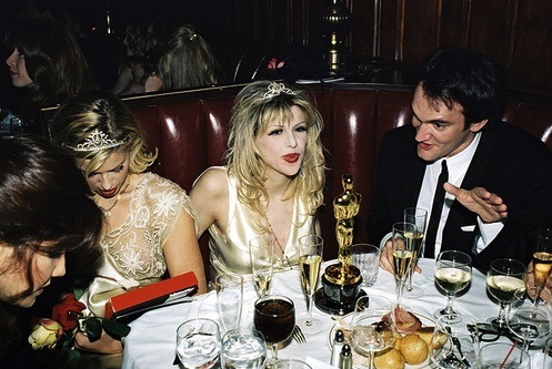 promorhell:  At the March 1995 Oscars, Courtney Love grabbed Quentin Tarantino's Oscar award for Pulp Fiction and threatened to hit journalist Lynn Hirschberg with it. Hirschberg had previously written an article for Vanity Fair claiming Love used heroin while pregnant.