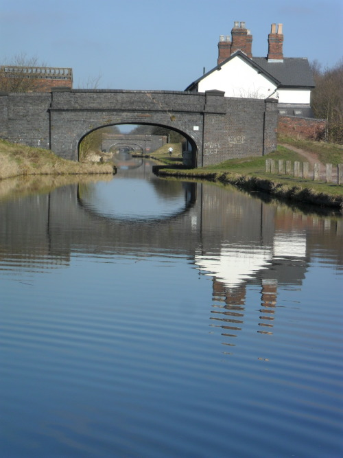 vwcampervan-aldridge:  Bridges over the Great Wyrley & Essington canal, Pelsall, West Midlands, England