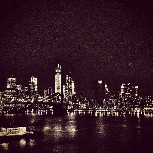 vneckandacardigan:  The view from DUMBO at night is beyond beautiful.  Home sweet home. Will see you again in may.