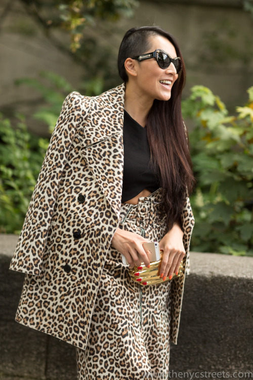 Tina Leung at Carven Mens SS15 - Top, skirt: Carven - Sunglasses: Versace - Clutch: Charlotte Olympia Melodie Jeng