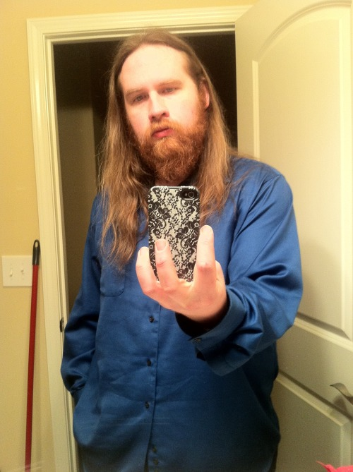 alaskadaze:  yes please.   My boyfriend's beard is the best beard on tumblr.