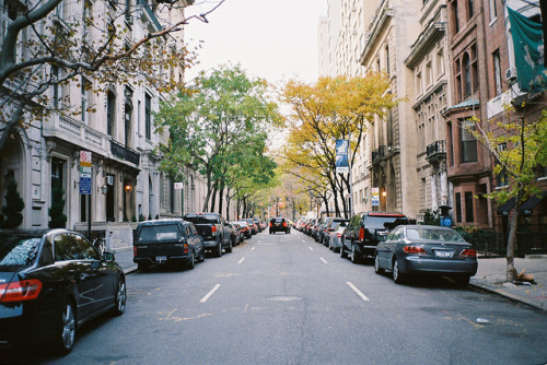 newyorkisforlovers:  flawnder:  untitled by mrjimdoyle on Flickr.  New York only! Follow this blog if you love New York.