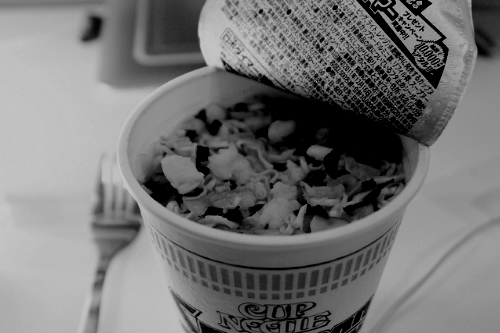 d-rogue:  Cup Noodles by Nicolapecan on Flickr.