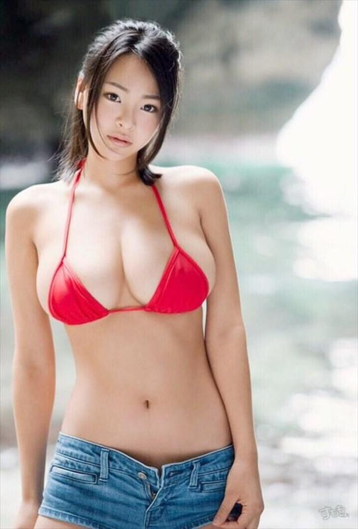 nude japanese girls in jeans