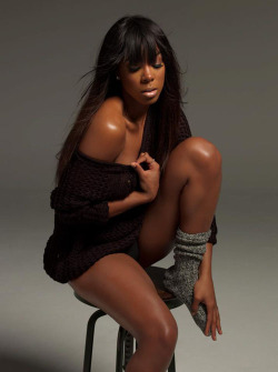 kellyrowland:  Be prepared to 'Talk A Good Game' on June 18 - xoxo http://bit.ly/3qMJkG