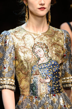 journaldelamode:  Dolce & Gabbana Fall 2013 Milan.  ah this is insane