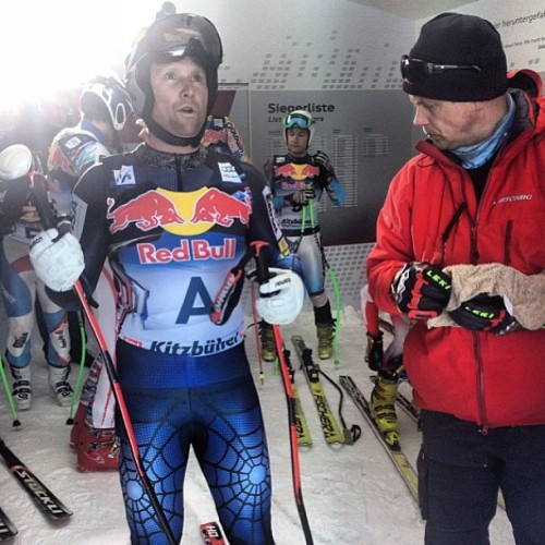 Today, speed #legend @daronrahlves foreran a training run at the Hahnenkamm! #regram from @tjrlanning