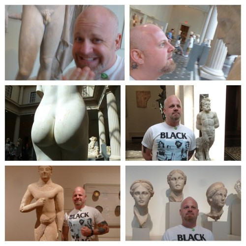 Getting some culture at the museum #selfie #pervert #artisfun #art #dayoff #shhh (at The Metropolitan Museum of Art)