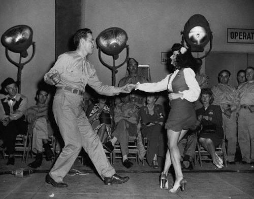 vintage everyday: School dance, Orinda, California, 1950