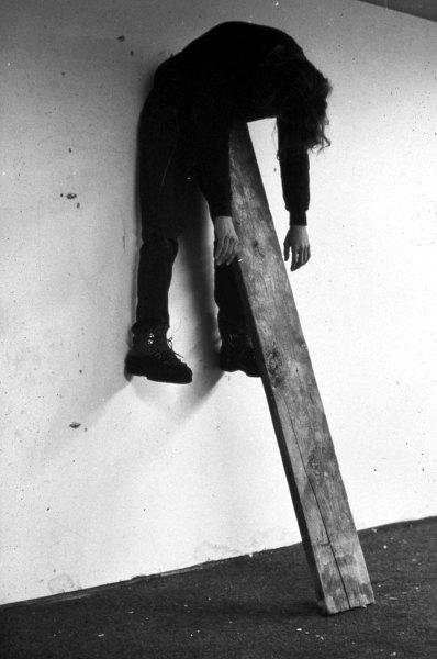 hifas:  Plank piece (1972) by Charles Ray