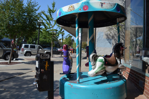 Merry Go Round in Lawrence, Kansas (by jeffreywhittle)