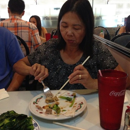 #filipinomom chopstickin' (at ABC Seafood)