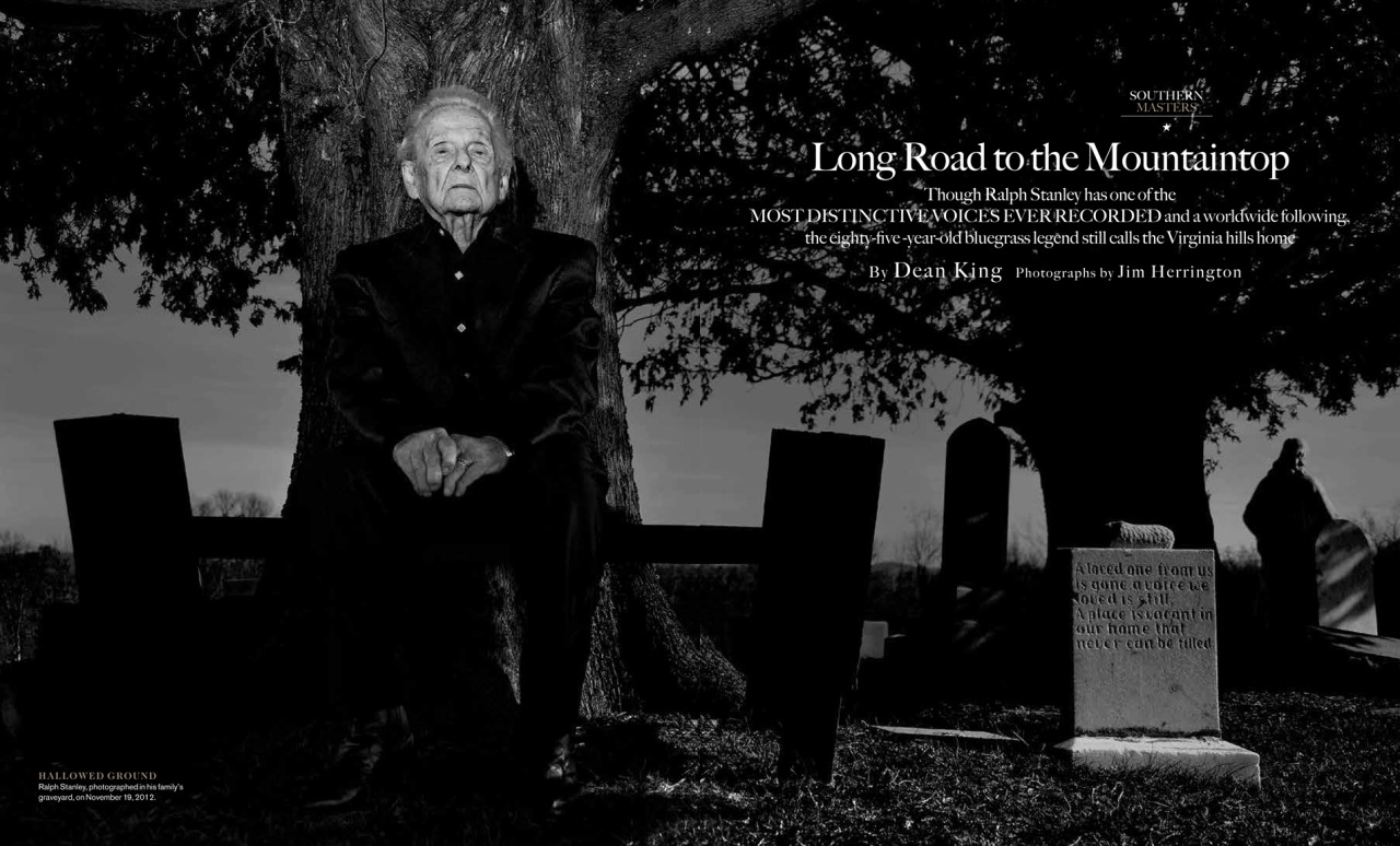 My photograph of Ralph Stanley is a double page spread in the new Garden & Gun Magazine, on newsstands now…
