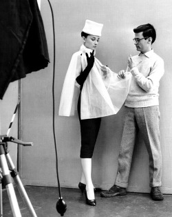 bergdorfprincess:  Audrey Hepburn with Richard Avedon