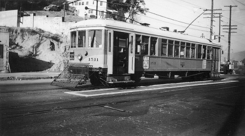 006 - LATL W Line Car 1511 End of Line At Buena Vista Terrace 19471124 on Flickr. Photographer: Alan Weeks Los Angeles Transit Lines streetcar no.1511 at Buena Vista Terrace. November 24, 1947.